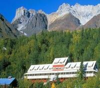Wrangell-St. Elias National Park and Preserve Tours 2017 - 2018 -  Lodge and View