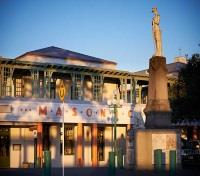 New Zealand Wine Tour Tours 2017 - 2018 -  Art Deco Masonic Hotel