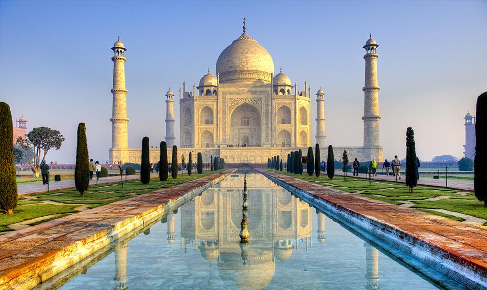 Behold the most romantic building in the world, the Taj Mahal.